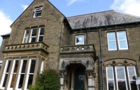 Hotels in Halifax West Yorkshire